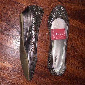 Merona small heeled flats